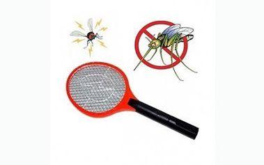Výborný pomocník - elektrická plácačka na hmyz za 109 Kč! Zabíjí efektivně, rychle, ale hlavně čistě a bez fleků! Plácačka se hodí k zabíjení komárů, much nebo jiného otravného hmyzu!