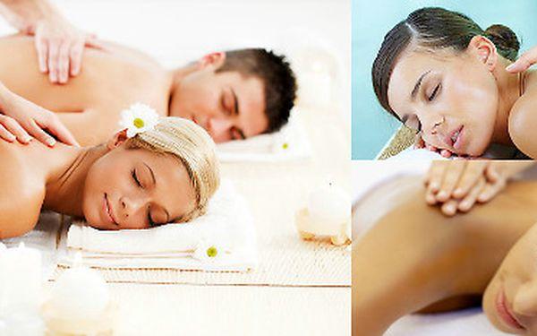 Regenerační masáž šíje a zad v délce 30 minut