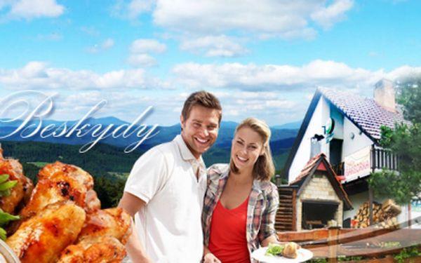 4 DENNÍ POBYT PRO DVĚ OSOBY včetně POLOPENZE s GRILOVAČKOU za 1 890 Kč! Užijte si dovolenou v krásném prostředí Moravskoslezských Beskyd v chatě Barborka! Vouchery je možné využít až do konce září 2013!