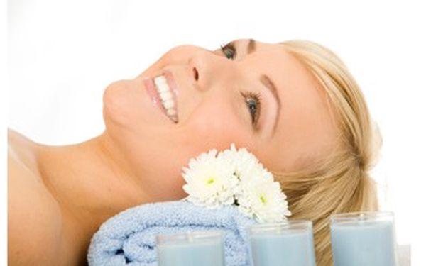 Kompletní kosmetické ošetření! 9 kroků pro vaši pleť. ULTRAZVUKOVÁ ŠPACHTLE, BARVENÍ OBOČÍ a ŘAS.