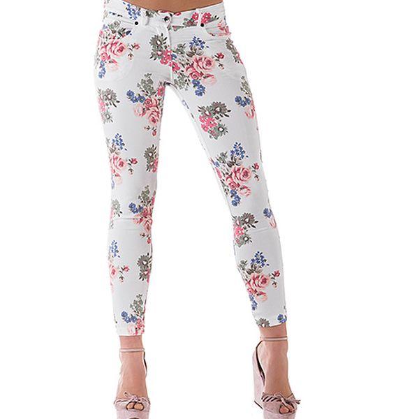 Bílé bavlněné kalhoty s květinami