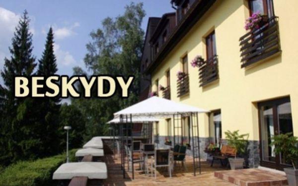 Horský hotel v Beskydech! 3 dny pro 2 se snídaní! V okolí bowling, krytý bazén, mini-aquapark, cyklistické a turistické trasy!!! V blízkosti hotelu Ondráš oblíbené trasy na Lysou Horu!!!