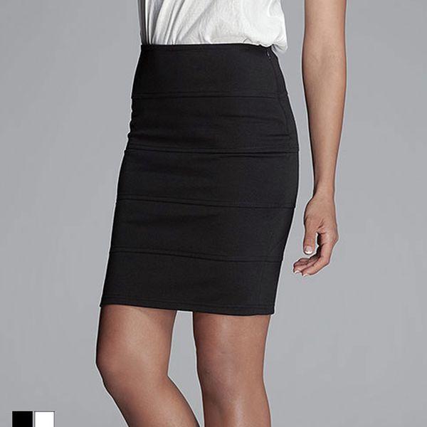 Černá nebo bílá elastická sukně