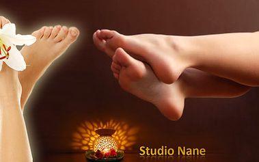 Regenerační a uvolňující masáž nohou a chodidel. Dopřejte svým nohám relaxaci a odpočinek. Vhodné při pocitu těžkých a namáhaných nohou. Celá procedúra se slevou 55%!
