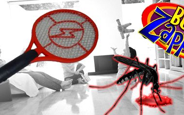 Zatočte s hmyzem - mouchami a komáry!! Nyní pro Vás máme skvělou elektrickou raketu na hubení hmyzu - napájení na baterie! Vhodné domů, na zahradu nebo na tábor pro děti do stanu!