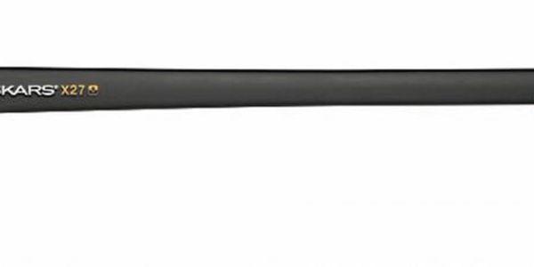Sekera FISKARS X 27 - II. jakost proi štípání velkých špalků.