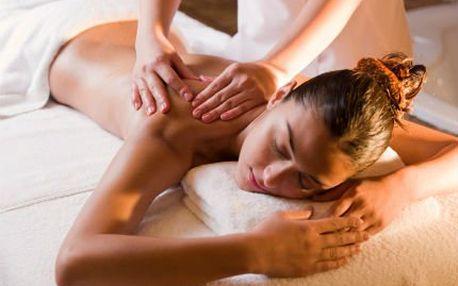 2,5hodinový masážní wellness balíček s léčivým zábalem