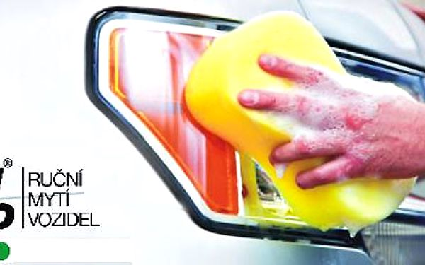 Ruční mytí vozu zvenčí i zevnitř