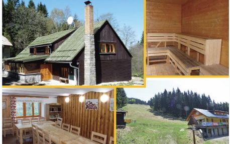 Třídenní relaxační pobyt na chatě Papajucha v Jeseníkách se snídaní pro 2 osoby v krásném prostředí za báječných 1 199 Kč! Skvělá dovolná pro dvě osoby!