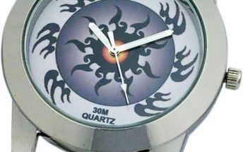 Dívčí hodinky Secco. Jsou dodávány vdárkovém kufříku stetováním. Vodotěsnost je30M.