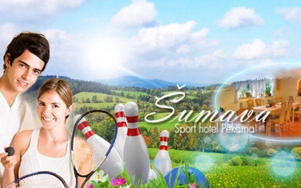 Letní dovolená na Šumavě pro 2 osoby na 3 dny jen za 2299 Kč! V ceně POLOPENZE, neomezené zapůjčení kol + nomezeně vstup na SQUASH a BOWLING! Užijte si pobyt v blízkosti Národního parku Šumava se slevou téměř 50%!