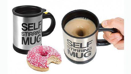 Nalijte kávu nebo čaj, zmáčkněte tlačítko a nápoj se Vám sám zamíchá! Líný hrnek za báječných 249 Kč!