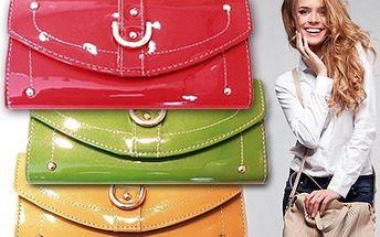 Lakované dámské peněženky včetně poštovného!