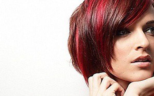 Střih a barvení vlasů