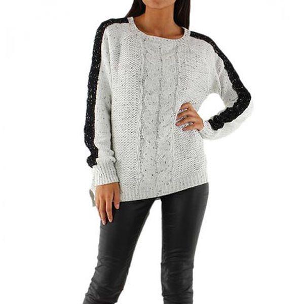 Bílý svetr Julia