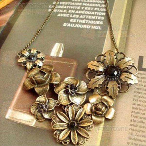 Květinový vintage náhrdelník a poštovné ZDARMA! - 10004486