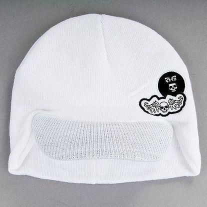 Pletená čepice s nátylkem a výšivkou Karpet 5082, bílá