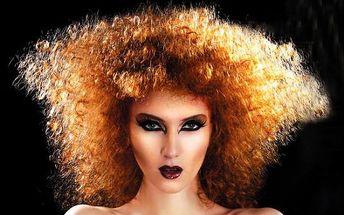 Barvení metodou OMBRÉ, nebo MELÍR, nebo klasické BARVENÍ, nebo permanentní ZVLNĚNÍ + mytí vlasů speciálním keratinovým šamponem na obnovu struktury vlasů + regenerace keratinovou maskou + masáž hlavy + styling + káva nebo nápoj