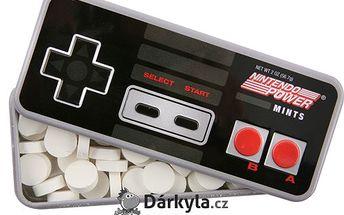 Nintendo mentolky - ovladač plný vynikajících mentolových bonbonů.