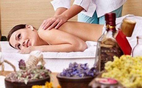 40ti minutová masáž zad s aromaterapií.