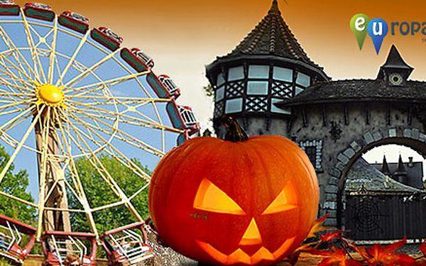 Halloween v zábavním Heide parku v Německu