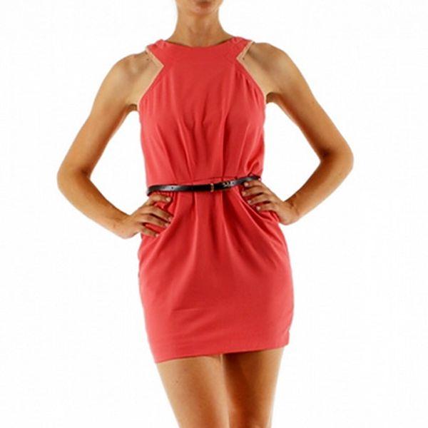Růžové šaty s páskem (Lucy Paris)