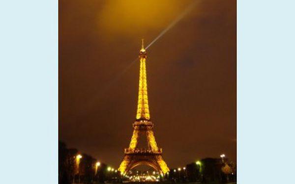 Prožijte letošní advent netradičně a nasajte kouzlo předvánoční Paříže. Zasněžená Eiffelovka, večerní projížďka lodí po Seině a nádherná výzdoba.