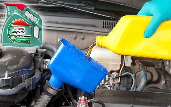 Výměna oleje Castrol a filtru v motoru vozu