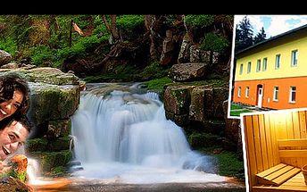 Horský RELAX na 3 nebo 5 dní nedaleko HARRACHOVA včetně POLOPENZE se slevou 54 %: Prožijte odpočinkovou dovolenou, s ubytováním v apartmánech LESTARKA, 1,5h. vstupem do sauny a 20% slevou na bobovou dráhu!