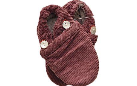 Červené bačkůrky z BIO bavlny vhodné pro citlivou dětskou pokožku.