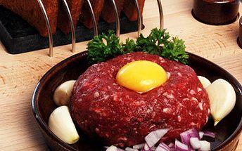 Pořádný 200g tatarák a 8 topinek: akce pro milovníky kvalitního masa