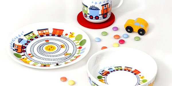 3-dílná sada dětského nádobí s vláčky