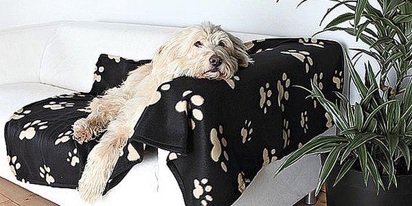 TRIXIE fleecová deka pro psy a kočky černá