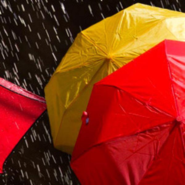 Kvalitní skládací deštník (skladem 9 barevných variant)