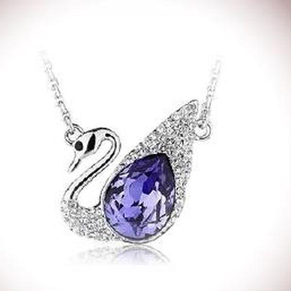 Vánoční akce za 129kč – elegantní šperk ve tvaru labutě s Crystalem Elements. Ozdobte se tímto elegantním šperkem, který vás zkrášlí a perfektně padne právě na váš krk.