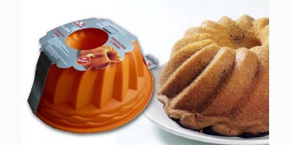 Praktická silikonová forma na pečení o průměru 23 cm, která nelepí, těsto se nepřipálí a snadno se myje! Díky nepřilnavému povrchu bude její vyklápění hračkou.
