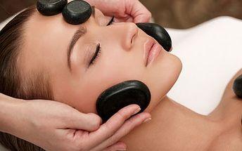 Luxusní kosmetická procedura s masáží obličeje a p...