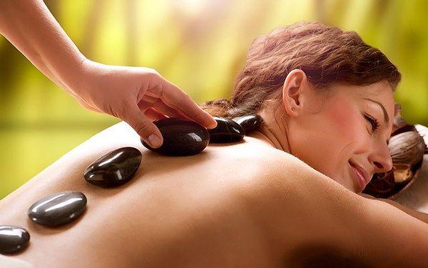 Nezapomenutelná masáž lávovými kameny v délce 70 minut