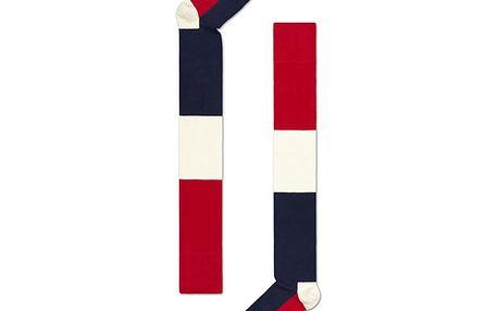 Červeno-modro-bílé podkolenky, které rozhodně nepatří dospod!