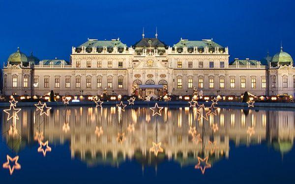 Adventní trhy Vídeň – užijte si vánoční atmosféru!