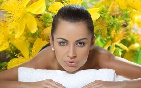 60 minutová třezalková relaxační masáž zad, šíje a...