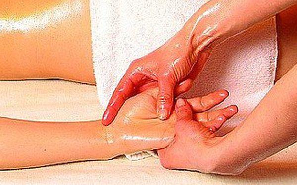 Ájurvédská masáž celého těla pro ženy v delce 120 minut