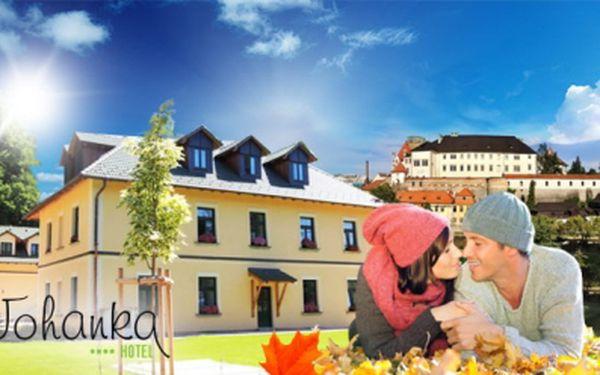 Luxusní podzim v resortu johanka**** na vysočině! Pobyt na 3 nebo 5 dní včetně snídaní, 3chodových večeří, lahve vína na pokoji, kávy nebo čaje, povolenky na sportovní rybolov a slevy na masáže! Pro dva od 1890 kč!