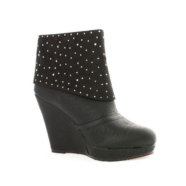 Černé boty Marilyn
