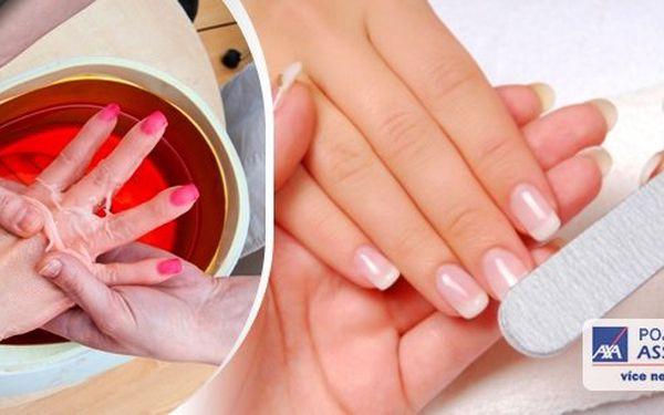 Mějte krásně upravené a hebké ruce. Pěstěné ruce s upravenými nehty jsou dobrou vizitkou každé ženy! Využijte slevy 50% na péči o Vaše ruce.