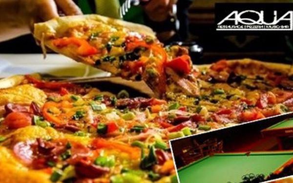 Obří PIZZA (50 cm) a 2 hodiny KULEČNÍKU v restauraci AQUA - EDEN! Na výběr ze 6 DRUHŮ.