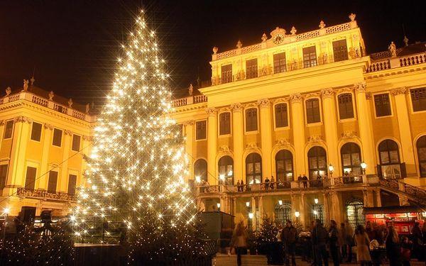 Zámok Schönbrunn a adventná Viedeň - jednodňový autobusový zájazd