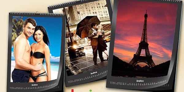 Kalendář z vašich vlastních fotografií nebo obrázků s poštovným v ceně