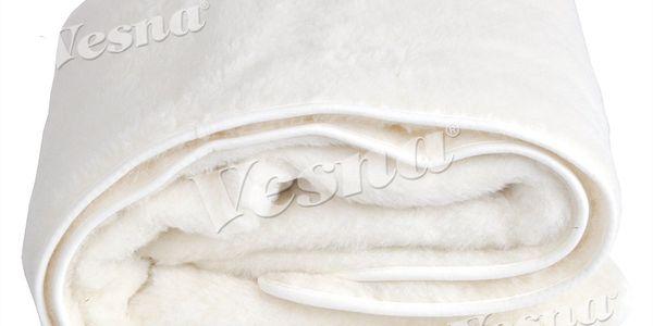 Luxusní přikrývka z té nejjemnější vlny. Vsaďte na přírodní materiál.