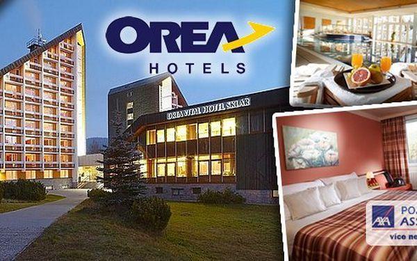 Wellness pobyt pro dvě osoby na 3 dny v luxusním hotelovém resortu OREA Vital Hotel Sklář**** Harrachov. Bohaté snídaně, romantické večeře, volný vstup do bazénu, vířivky, sauny, páry a fitness. Děti do 12 let zdarma!